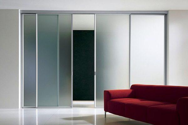 Раздвижные алюминиевые межкомнатные двери в интерьере фото