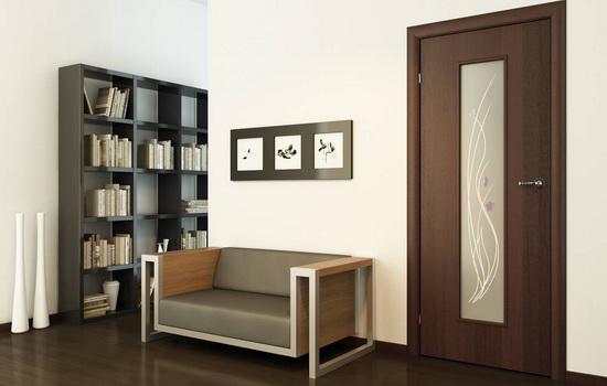 Как подобрать межкомнатные двери под цвет ламината