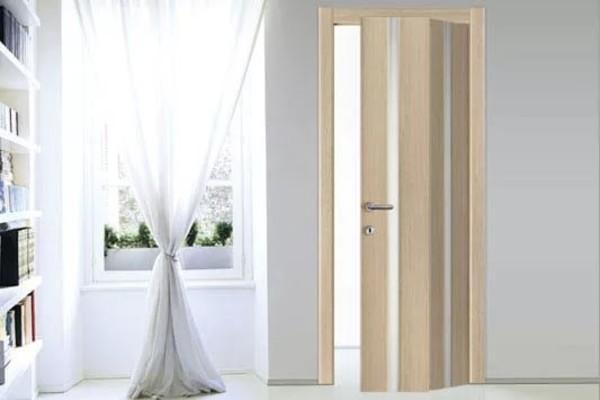 дверь гармошка межкомнатная фото в интерьере