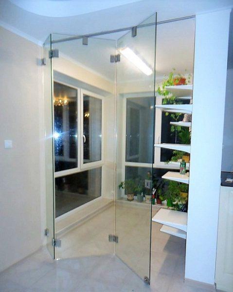 стеклянная дверь гармошка фото