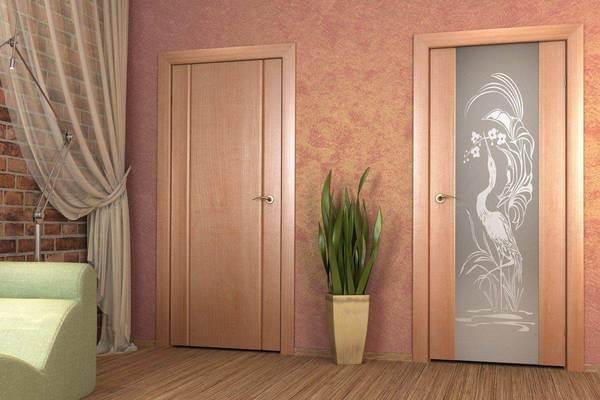 шпонированные двери фото в интерьере